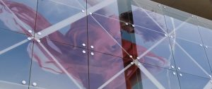 surface products high resolution graphics in glass banner 4